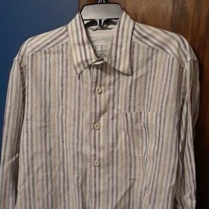 Tommy Bahama button down shirt M